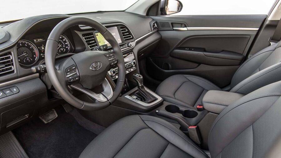 Hyundai Elantra 2019 trình làng với diện mạo sắc nét, cá tính và an toàn hơn - Hình 7