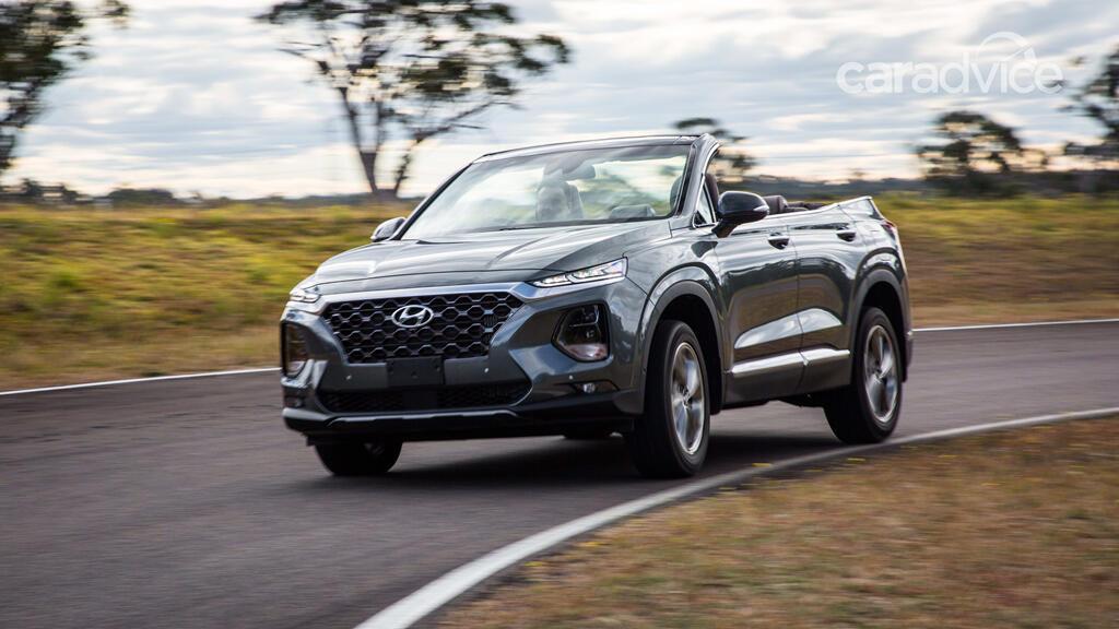 Hyundai hé lộ mẫu mui trần 7 chỗ Santa Fe Cabriolet 2019 - Hình 1
