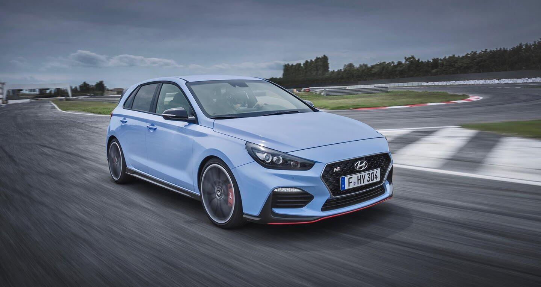 """Hyundai i30 N 2017 trình làng - Xe nhỏ, chạy """"cực"""" nhanh - Hình 1"""