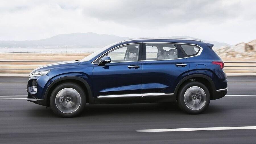 Hyundai Santa Fe 2019 định hình lại kiểu dáng, kích thước và tính đẳng cấp - Hình 8