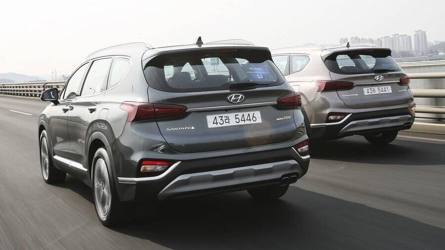 Hyundai Santa Fe 2019 định hình lại kiểu dáng, kích thước và tính đẳng cấp - Hình 16