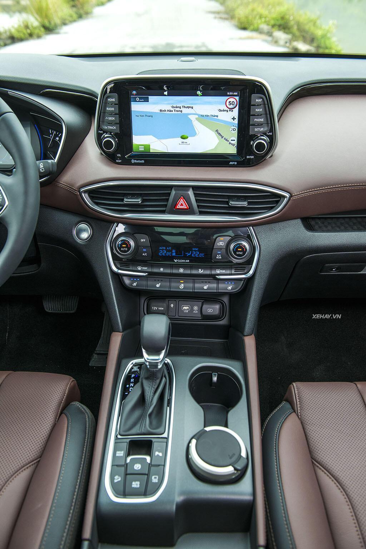 Hyundai Santa Fe hoàn toàn mới trình làng - giá từ 995 triệu VND - Hình 17