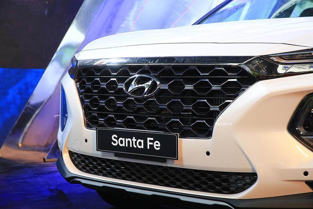 Hyundai Santa Fe hoàn toàn mới trình làng - giá từ 995 triệu VND - Hình 4
