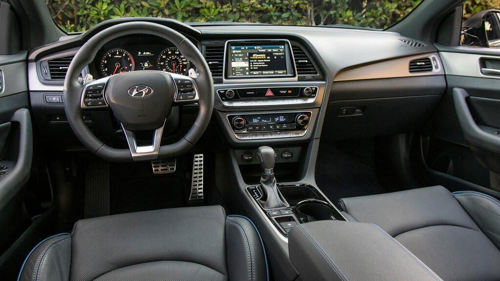 Hyundai Sonata+ 2018 giá mềm, nhiều công nghệ - Hình 3