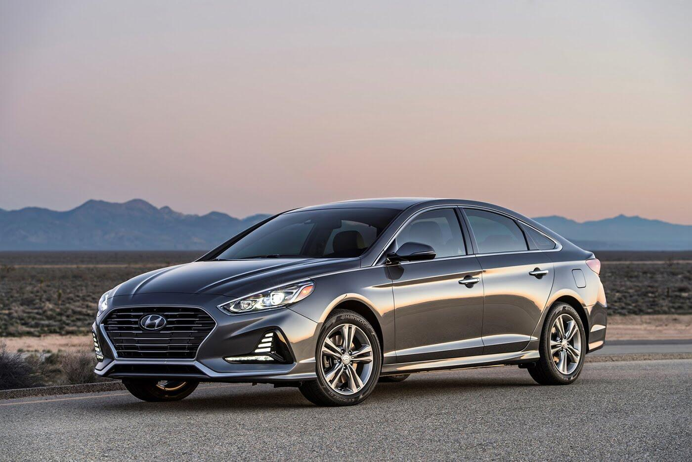 Hyundai Sonata 2018 lên kệ với giá bán từ 22.050 USD - Hình 2