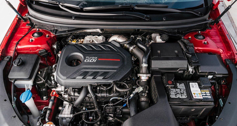 Hyundai Sonata 2.0T 2018: Đủ sức đương đầu với Accord và Camry 2018? - Hình 2