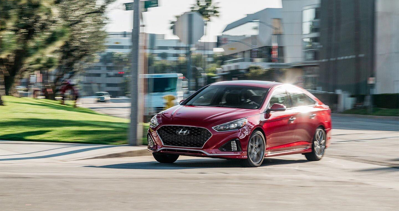 Hyundai Sonata 2.0T 2018: Đủ sức đương đầu với Accord và Camry 2018? - Hình 3