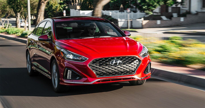 Hyundai Sonata 2.0T 2018: Đủ sức đương đầu với Accord và Camry 2018? - Hình 4