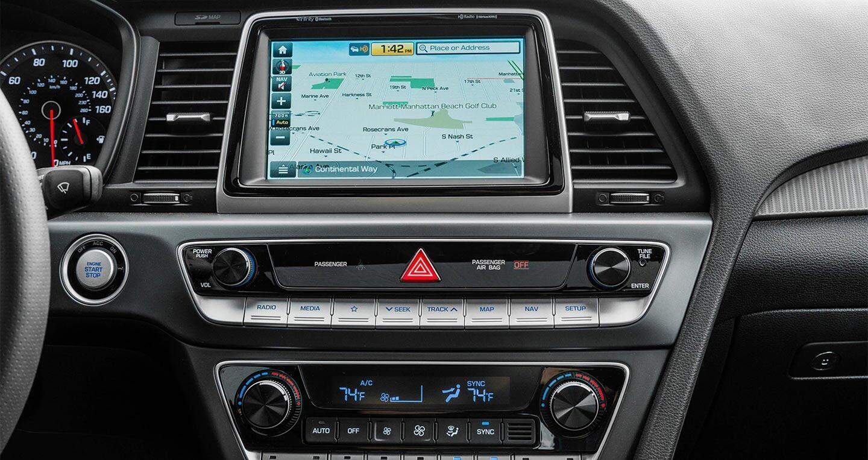 Hyundai Sonata 2.0T 2018: Đủ sức đương đầu với Accord và Camry 2018? - Hình 5