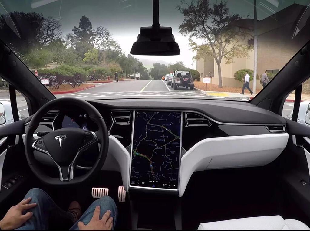 IIHS cảnh báo đừng tin vào công nghệ trợ giúp lái xe - Hình 8
