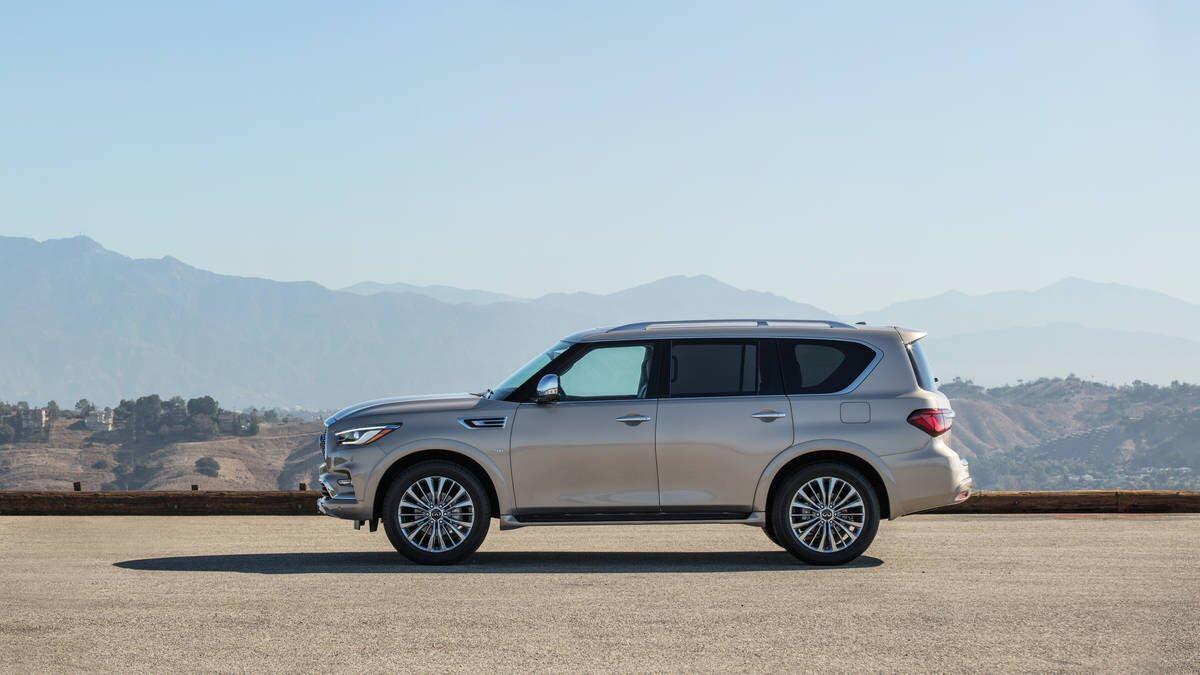 Infiniti QX80 2018 có giá từ 64.750 USD cạnh tranh với Lexus 570 và Mercedes GLS - Hình 7