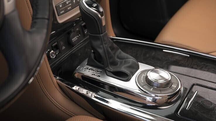 Infiniti QX80 2018 có giá từ 64.750 USD cạnh tranh với Lexus 570 và Mercedes GLS - Hình 20
