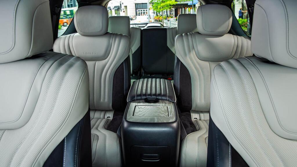 Infiniti QX80 Limited 2019 giá 90.000 USD, đe dọa Lexus LX570 - Hình 5