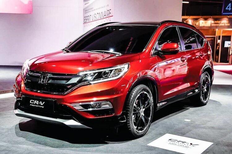"""Mẫu xe CR-V của Honda tiếp tục giữ """"Ngôi vương"""" trong tháng 2"""