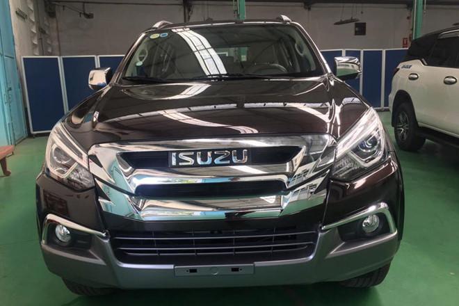Isuzu mu-X 2018 hưởng thuế NK 0% về Việt Nam - đối thủ Toyota Fortuner - Hình 1