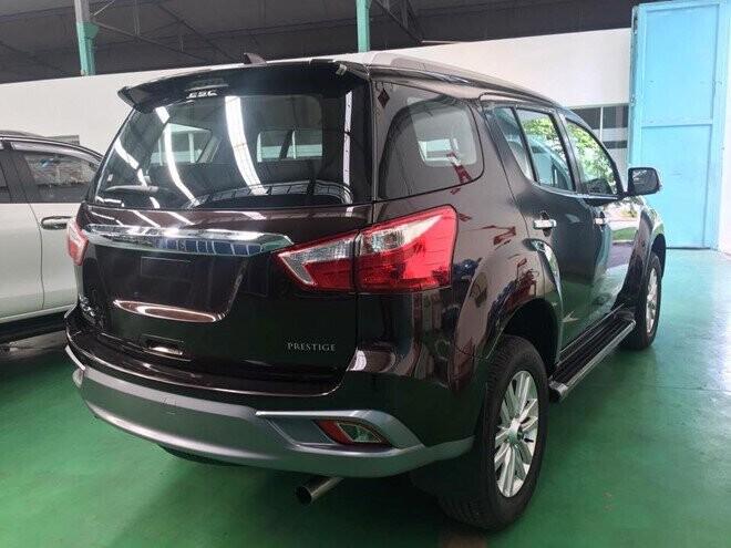 Isuzu mu-X 2018 hưởng thuế NK 0% về Việt Nam - đối thủ Toyota Fortuner - Hình 2