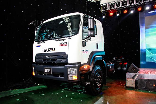 Isuzu ra mắt thế hệ xe tải tiêu chuẩn Euro4 đầu tiên ở VN - Hình 1