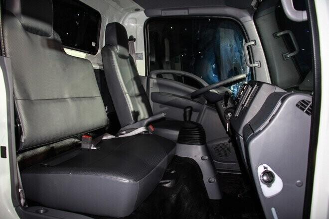 Isuzu ra mắt thế hệ xe tải tiêu chuẩn Euro4 đầu tiên ở VN - Hình 2