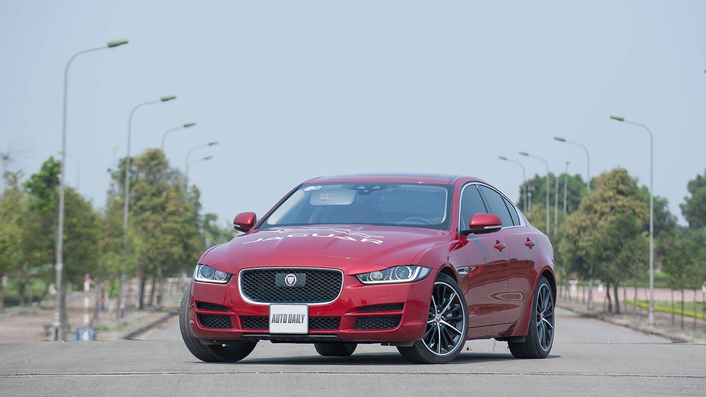 Jaguar XE - Sự xuất hiện đầy thách thức - Hình 2