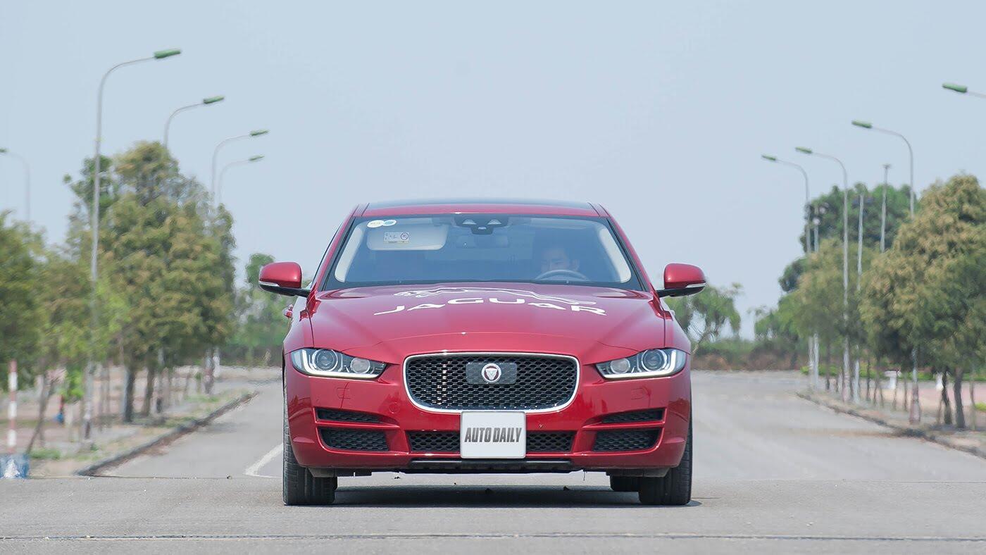 Jaguar XE - Sự xuất hiện đầy thách thức - Hình 3