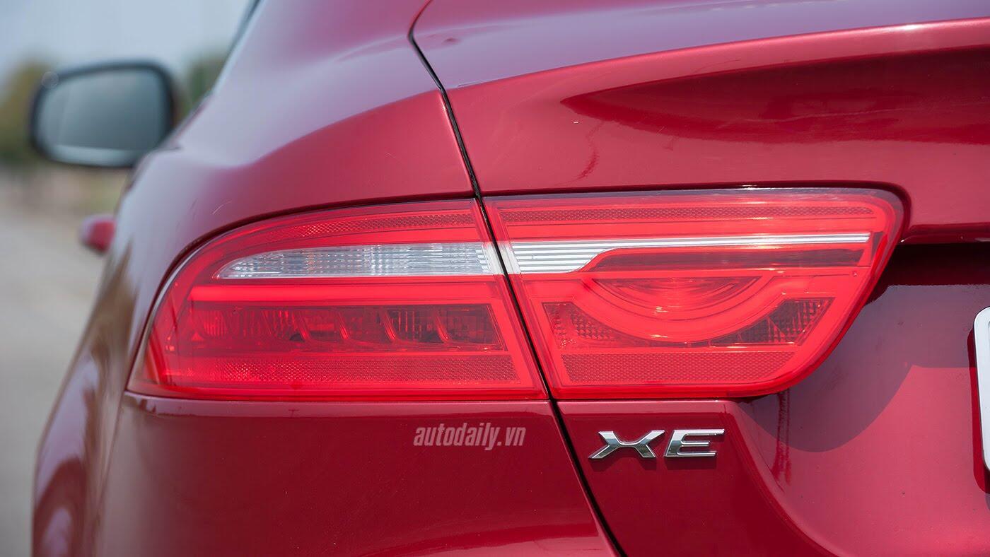 Jaguar XE - Sự xuất hiện đầy thách thức - Hình 7