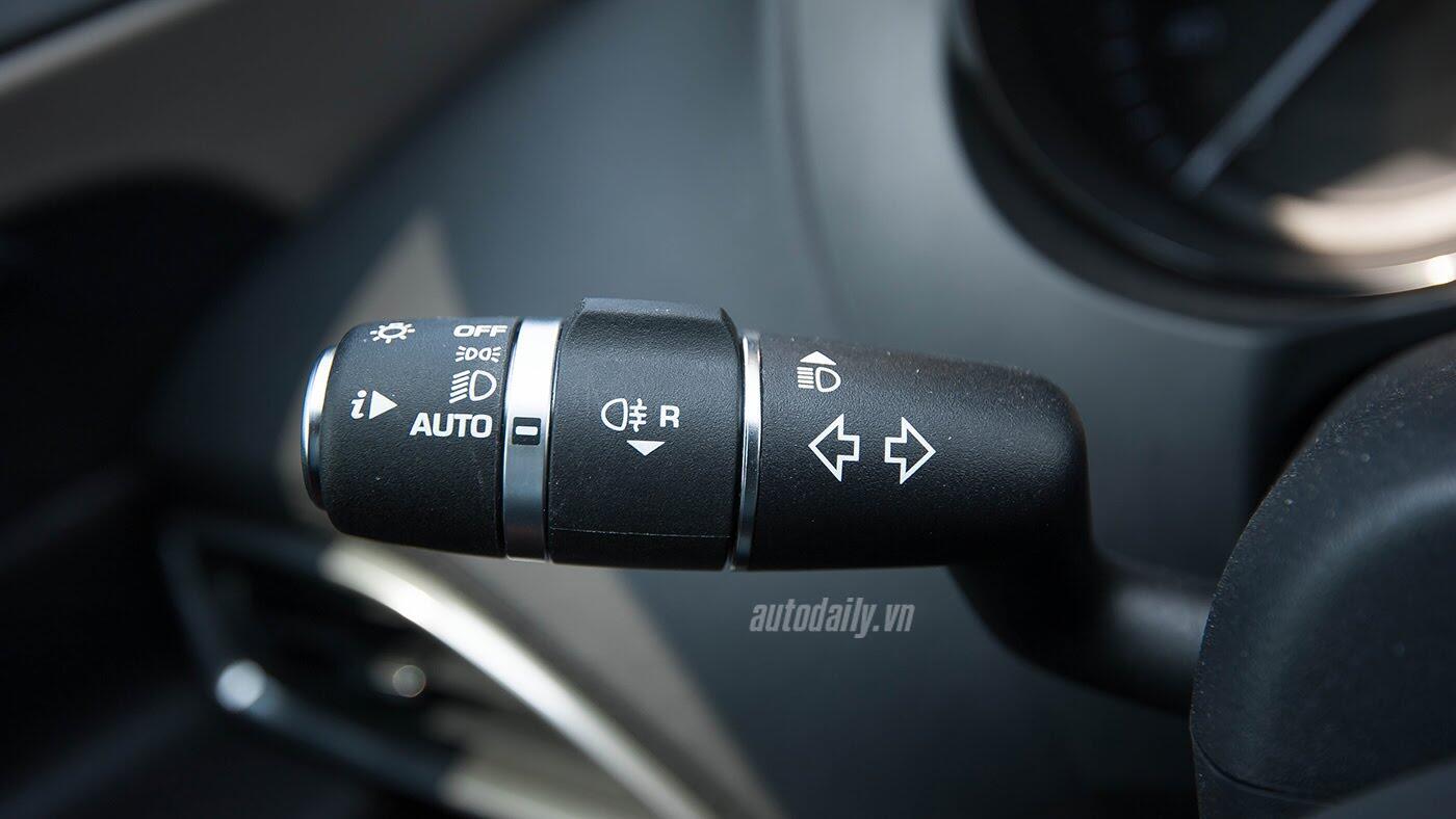 Jaguar XE - Sự xuất hiện đầy thách thức - Hình 12