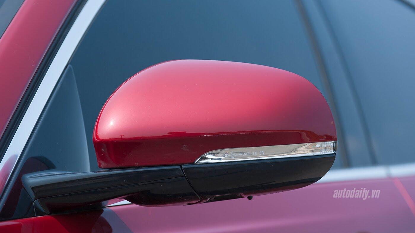 Jaguar XE - Sự xuất hiện đầy thách thức - Hình 19