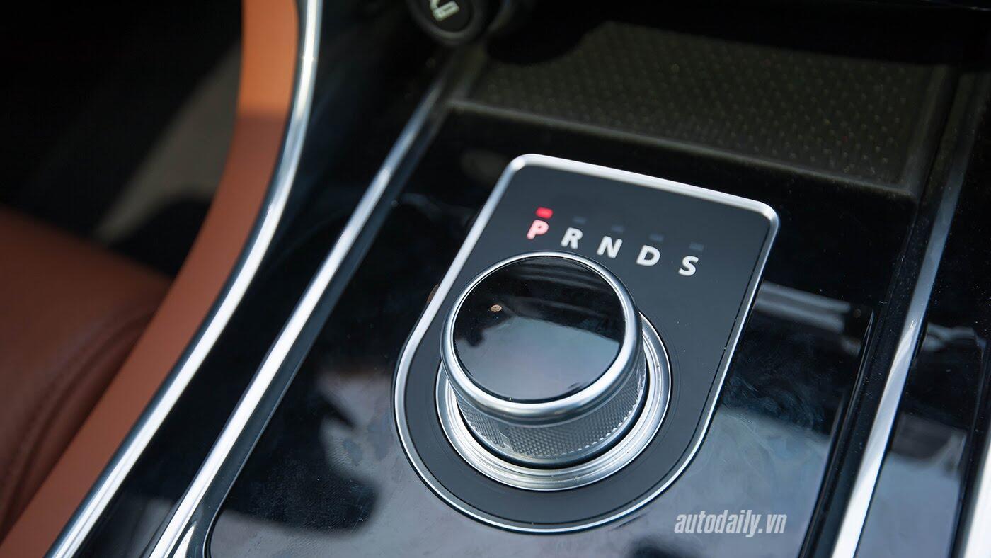 Jaguar XE - Sự xuất hiện đầy thách thức - Hình 22