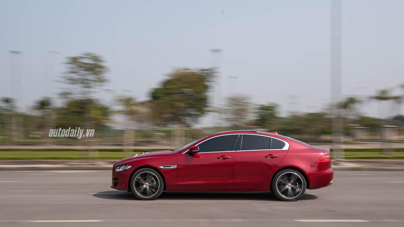 Jaguar XE - Sự xuất hiện đầy thách thức - Hình 23