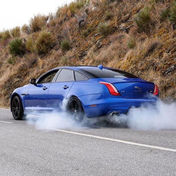 Jaguar XJ thế hệ tiếp theo sẽ là một chiếc xe điện hoàn toàn - Hình 3