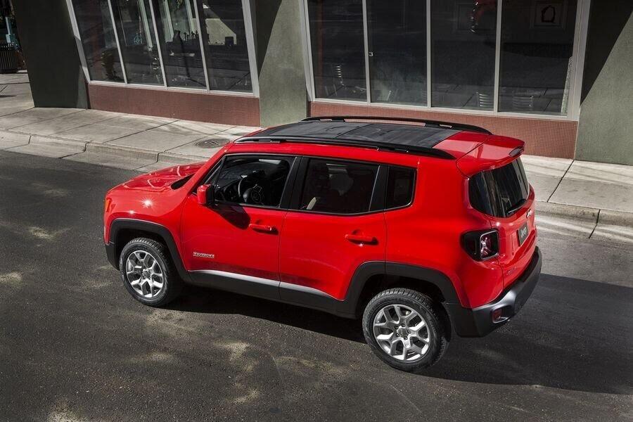 Jeep Renegade 2018 sẽ tập trung cải tiến nội thất - Hình 4