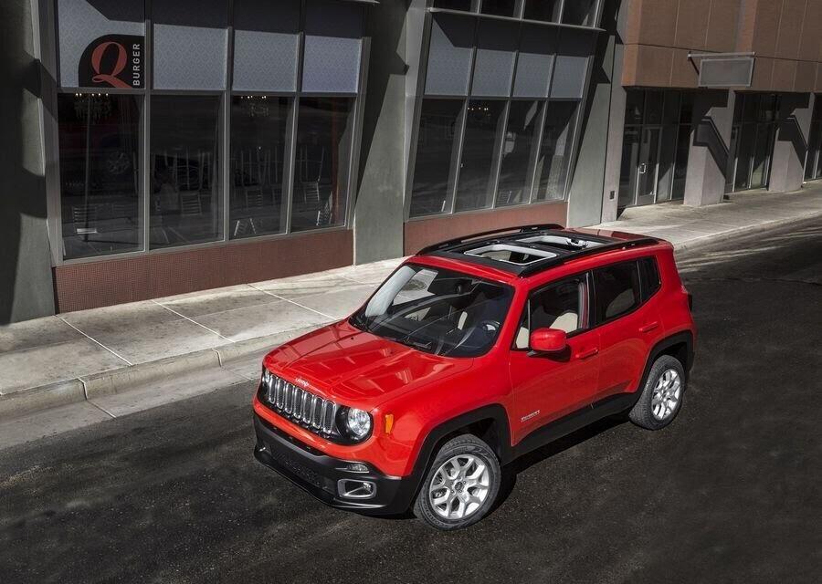 Jeep Renegade 2018 sẽ tập trung cải tiến nội thất - Hình 6