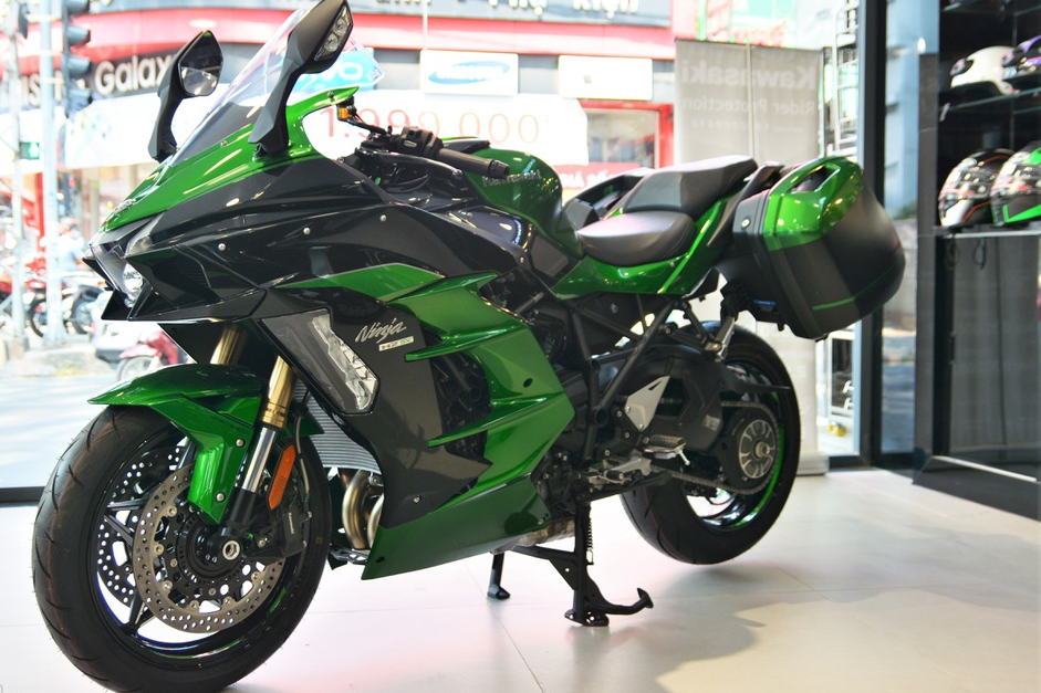 Kawasaki Ninja H2 SX SE gia gan 1 ty dong tai VN hinh anh 2 2_H2SX_zing.jpg