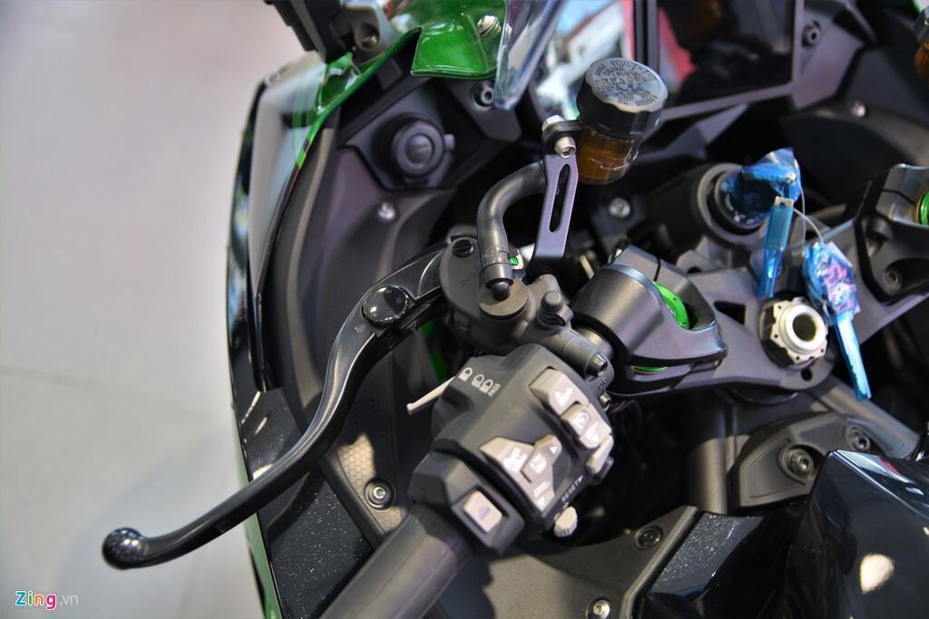 Kawasaki Ninja H2 SX SE gia gan 1 ty dong tai VN hinh anh 5 6_H2SX_zing.jpg