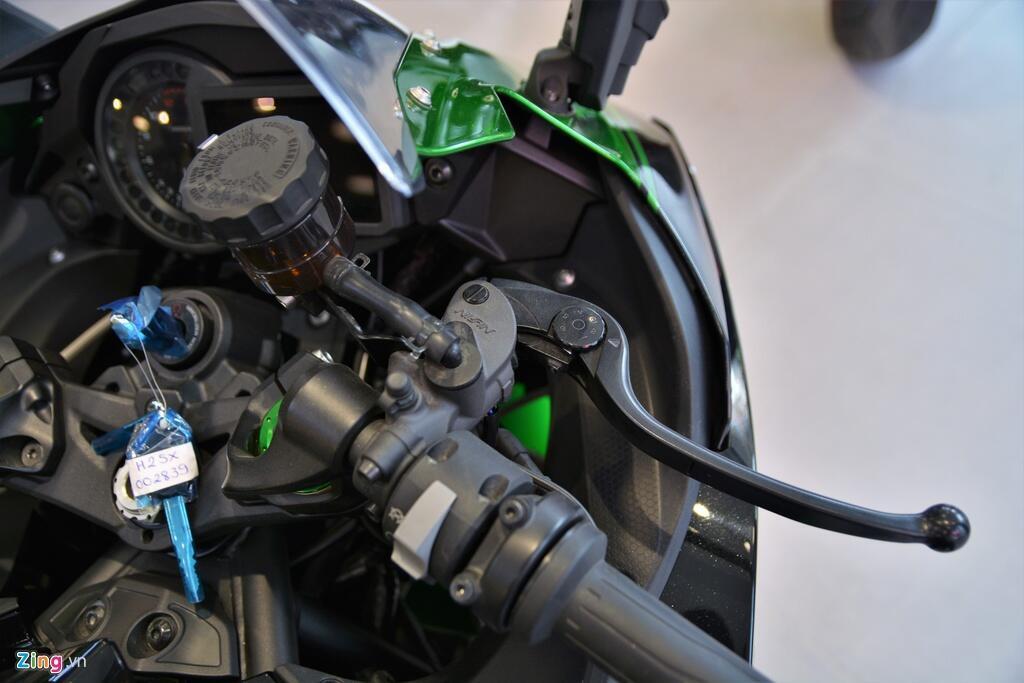 Kawasaki Ninja H2 SX SE gia gan 1 ty dong tai VN hinh anh 6 5_H2SX_zing.jpg