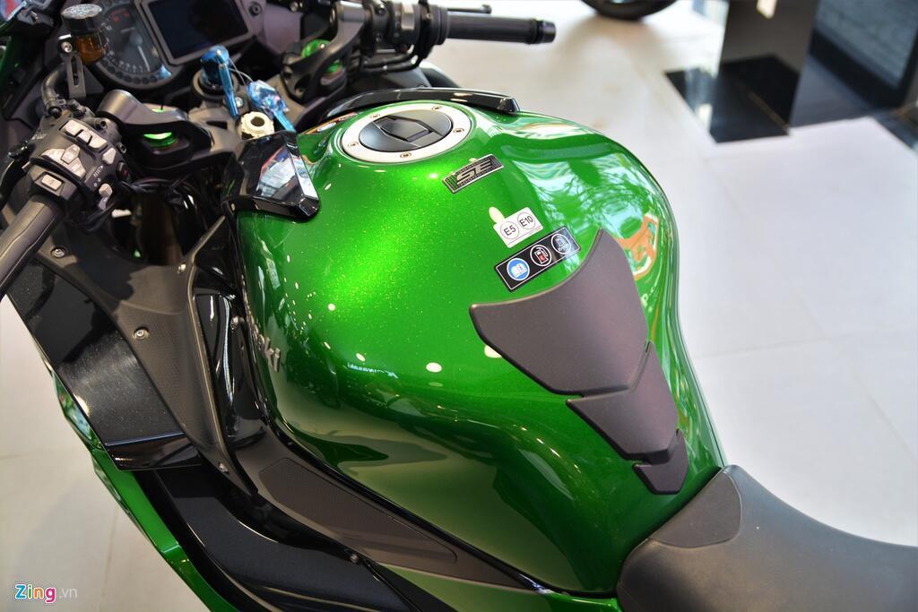 Kawasaki Ninja H2 SX SE gia gan 1 ty dong tai VN hinh anh 9 9_H2SX_zing.jpg