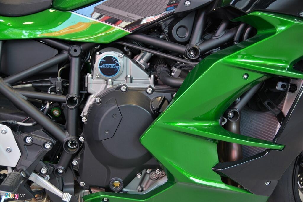 Kawasaki Ninja H2 SX SE gia gan 1 ty dong tai VN hinh anh 10 10_H2SX_zing.jpg