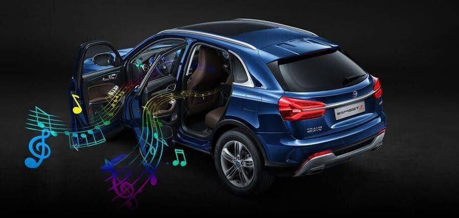 Khám phá Traum Meet 3 - chiếc SUV sở hữu cả dàn Karaoke trong xe - Hình 4