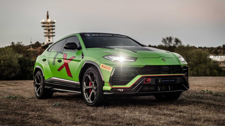 Khi siêu SUV Lamborghini Urus biến thành xe đua