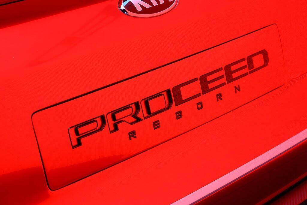 Kia giới thiệu xe thể thao Proceed Concept - Hình 5