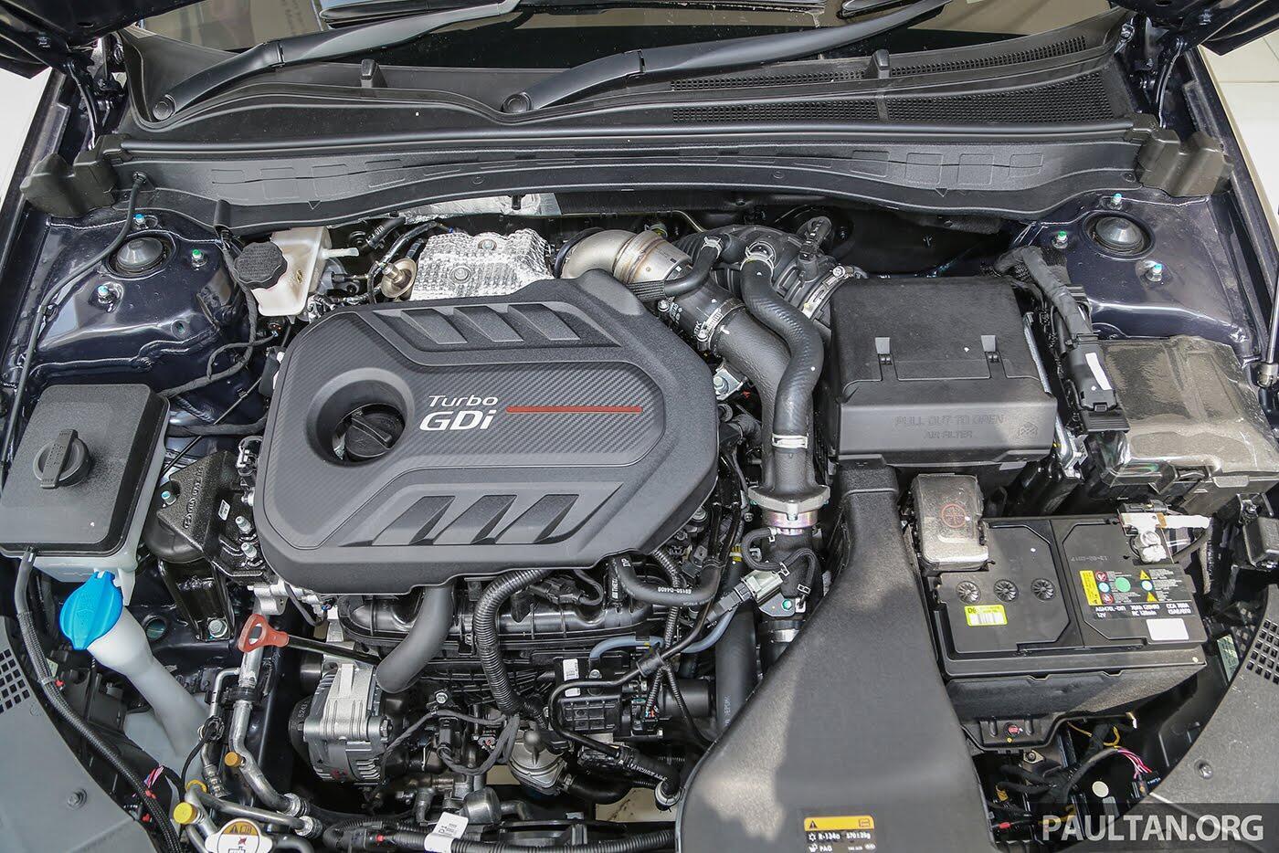 Kia Optima GT 2017 ra mắt tại Đông Nam Á với giá từ 41.780 USD - Hình 8
