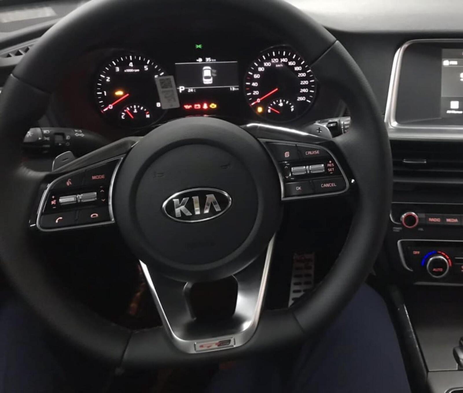 Kia Optima phiên bản nâng cấp facelift mới nhất đã có mặt tại Việt Nam - Hình 5