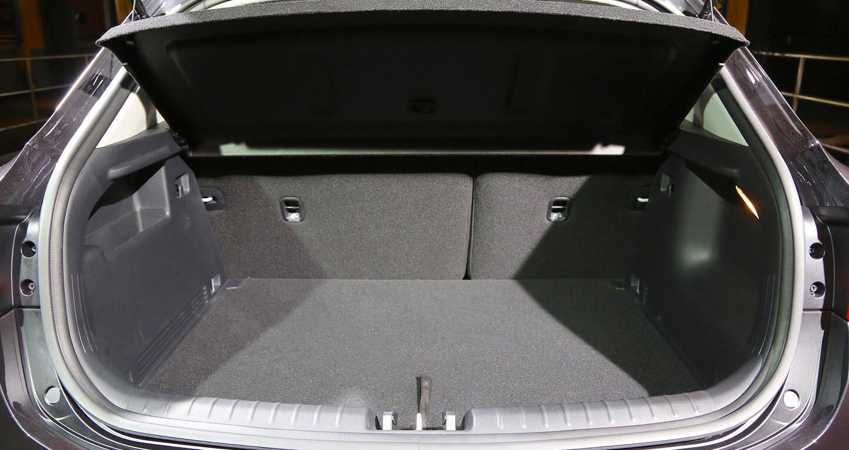 Kia ra mắt SUV cỡ nhỏ Stonic cạnh tranh Hyundai Kona - Hình 9