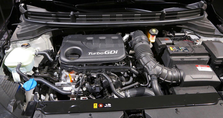 Kia ra mắt SUV cỡ nhỏ Stonic cạnh tranh Hyundai Kona - Hình 11