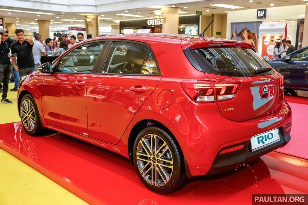 Kia Rio Hatchback 2017 ra mắt thị trường Malaysia với giá từ 424 triệu VNĐ - Hình 3