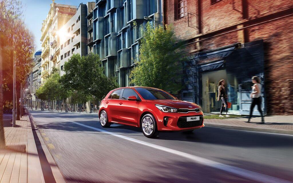 Kia Rio Hatchback 2017 ra mắt thị trường Malaysia với giá từ 424 triệu VNĐ - Hình 12