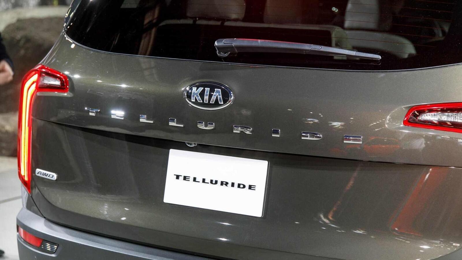 Kia Telluride 2020 có giá khởi điểm cao hơn Toyota Highlander hay Honda Pilot - Hình 15