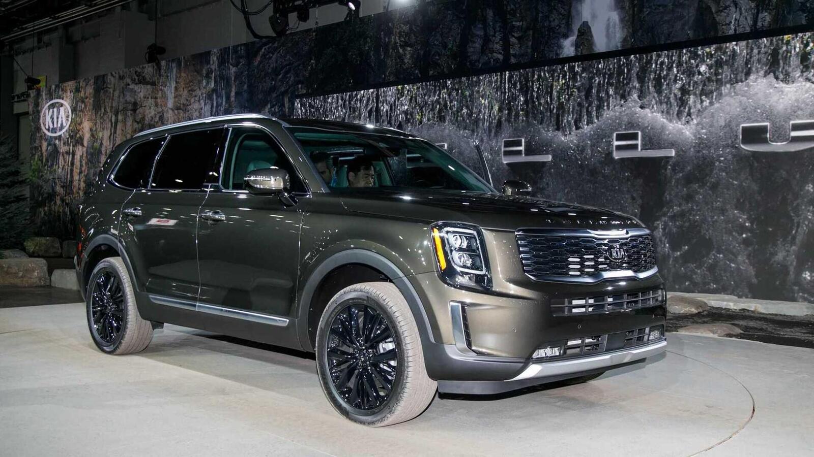 Kia Telluride 2020 có giá khởi điểm cao hơn Toyota Highlander hay Honda Pilot - Hình 22