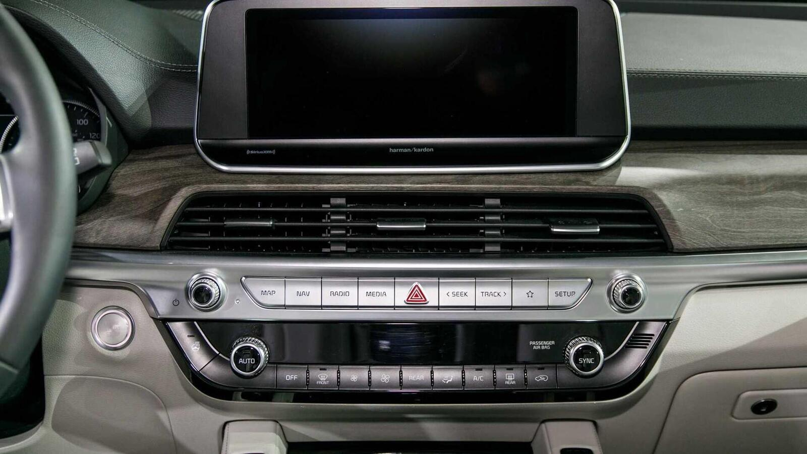 Kia Telluride 2020 có giá khởi điểm cao hơn Toyota Highlander hay Honda Pilot - Hình 37