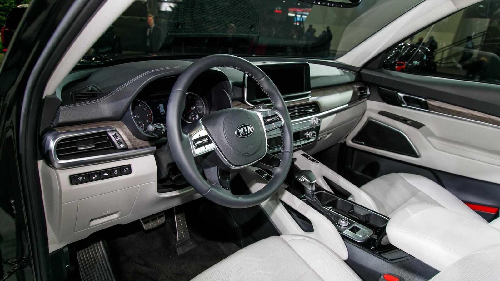Kia Telluride 2020 có giá khởi điểm cao hơn Toyota Highlander hay Honda Pilot - Hình 4